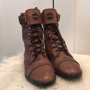 MIA brown combat boots